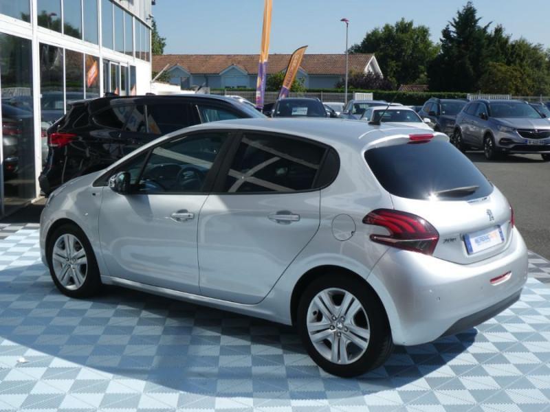 Photo 4 de l'offre de PEUGEOT 208 1.6 BlueHDi 75 STYLE GPS Pack City à 10250€ chez Mérignac auto