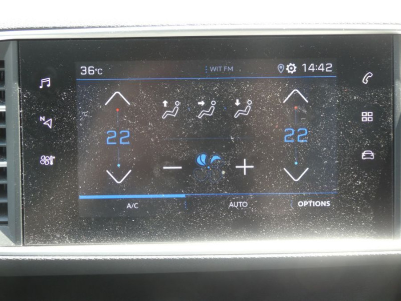 Photo 11 de l'offre de PEUGEOT 308 1.2 PureTech 110 BV6 STYLE GPS Camera JA17 1ère Main à 16290€ chez Mérignac auto