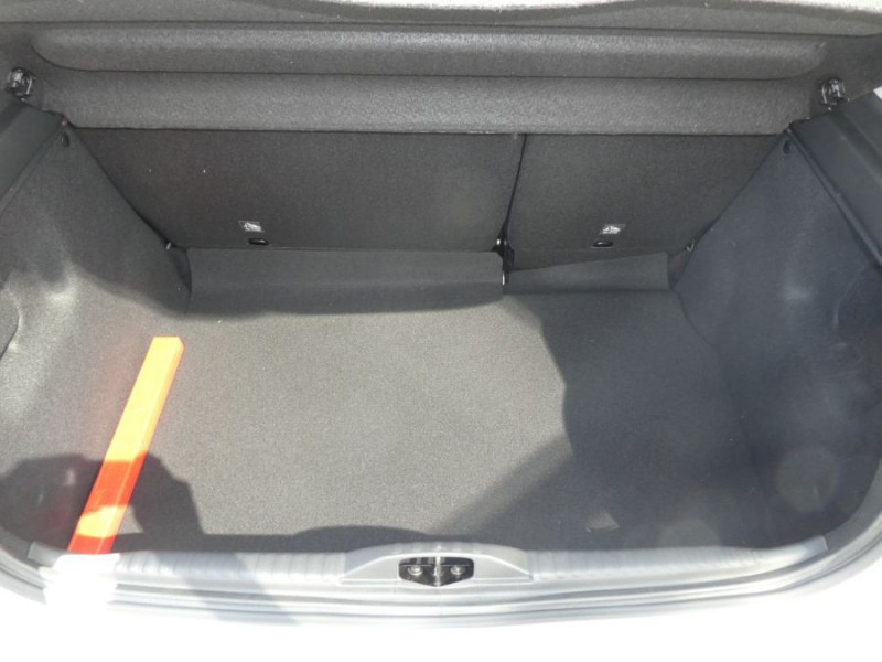 Photo 8 de l'offre de CITROEN C3 New PureTech 83 SHINE Mirror Link 4VE SC à 15950€ chez Mérignac auto
