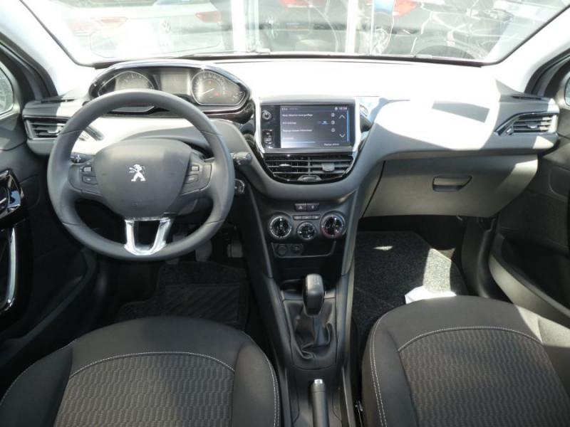 Photo 6 de l'offre de PEUGEOT 208 1.2 PureTech 82 ACTIVE Bluetooth Radar JA16 à 12950€ chez Mérignac auto