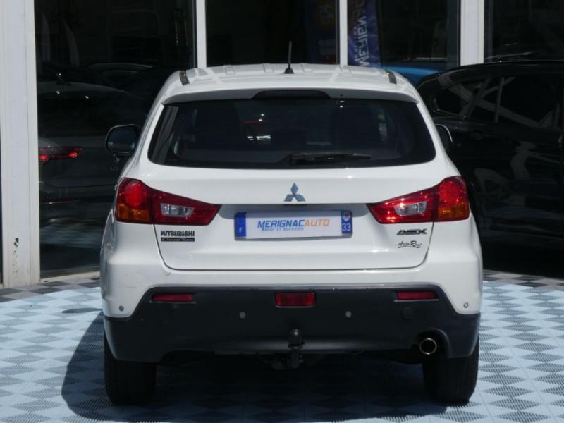 Photo 16 de l'offre de MITSUBISHI ASX 1.8 DI-D 150 BV6 2WD INVITE 1ère Main à 9490€ chez Mérignac auto