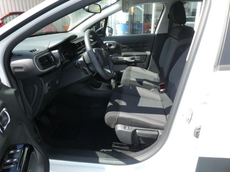 Photo 5 de l'offre de CITROEN C3 New PureTech 83 SHINE Mirror Link 4VE SC à 15950€ chez Mérignac auto