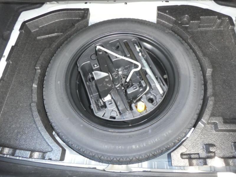 Photo 15 de l'offre de PEUGEOT 308 1.2 PureTech 110 BV6 STYLE GPS Camera JA17 1ère Main à 16290€ chez Mérignac auto