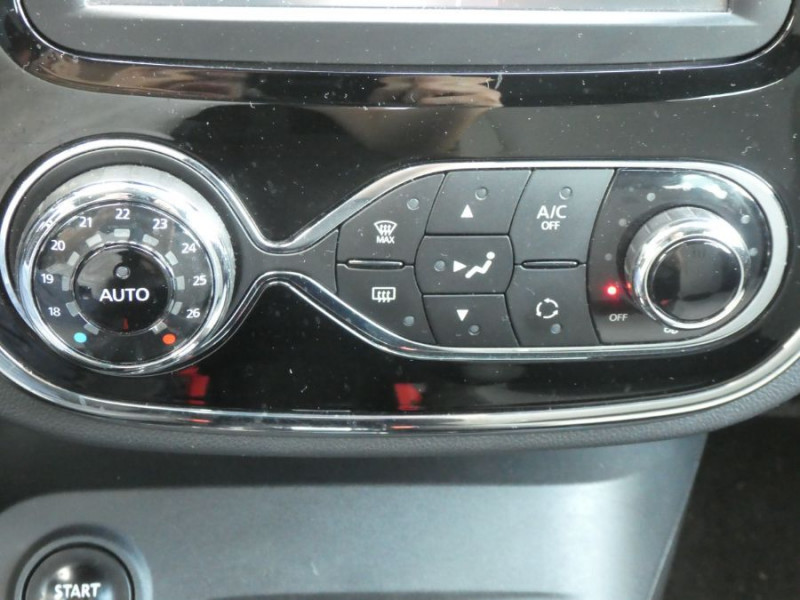 Photo 13 de l'offre de RENAULT CAPTUR 1.5 DCi 90 EDC INTENS Camera à 14250€ chez Mérignac auto