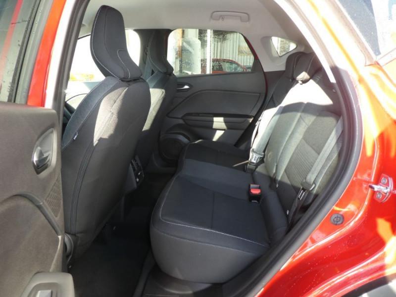 Photo 7 de l'offre de RENAULT CAPTUR II TCe 130 EDC7 ZEN Pack NAVI JA17 à 21890€ chez Mérignac auto