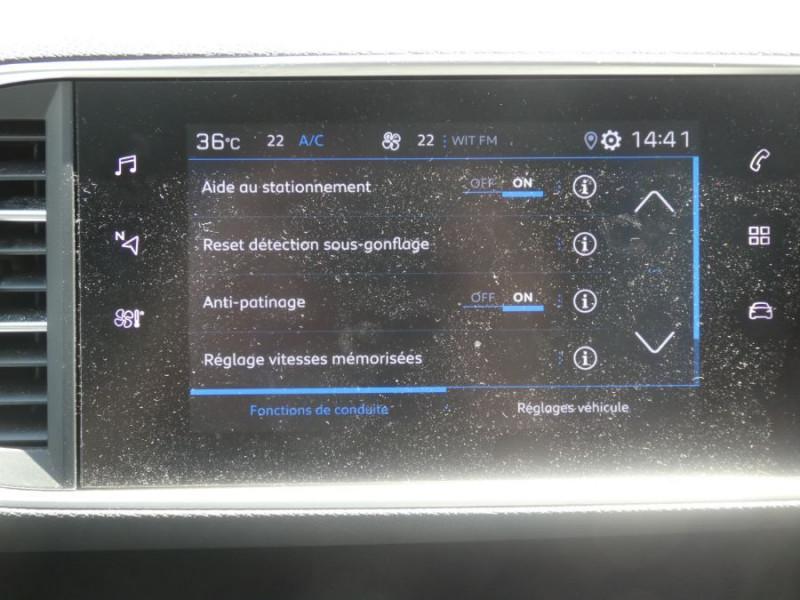 Photo 10 de l'offre de PEUGEOT 308 1.2 PureTech 110 BV6 STYLE GPS Camera JA17 1ère Main à 16290€ chez Mérignac auto