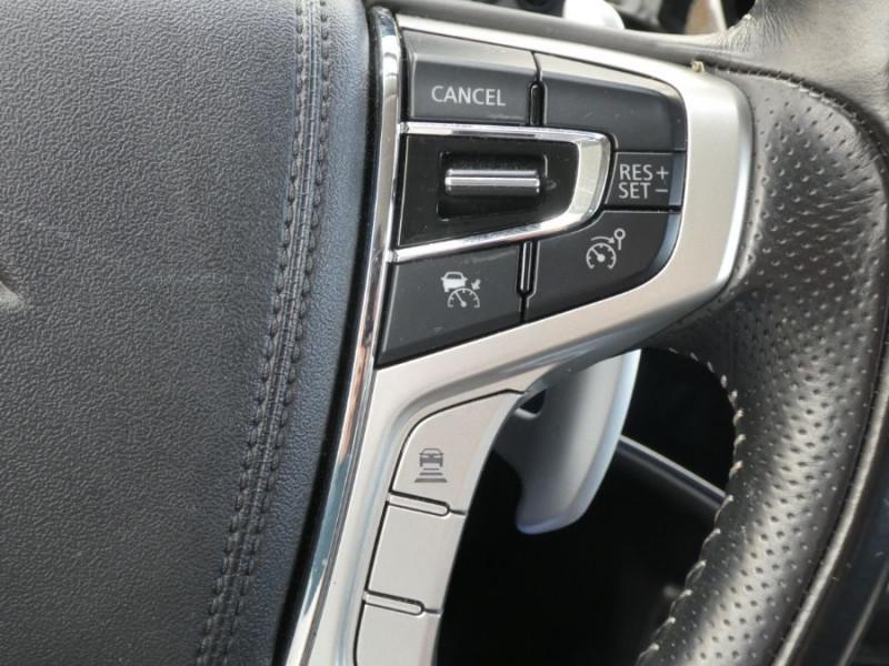 Photo 19 de l'offre de MITSUBISHI OUTLANDER III (2) PHEV TWIN MOTOR 4WD INTENSE Attelage à 25950€ chez Mérignac auto
