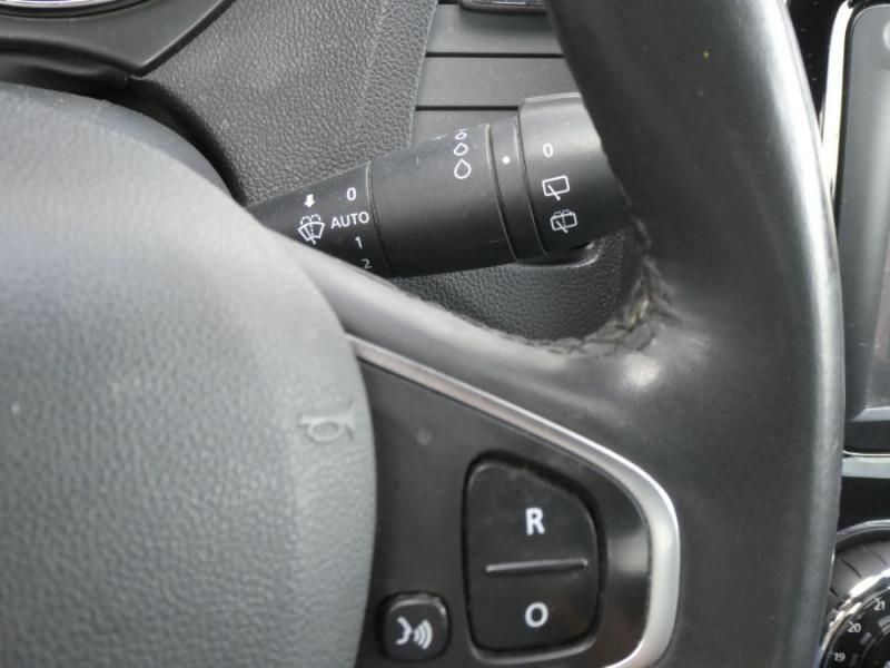 Photo 15 de l'offre de RENAULT CAPTUR 1.5 DCi 90 EDC INTENS Camera à 14250€ chez Mérignac auto