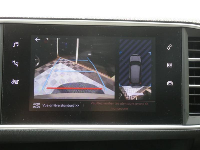 Photo 10 de l'offre de PEUGEOT 308 1.5 BlueHDi 130 EAT8 STYLE GPS Camera à 14750€ chez Mérignac auto