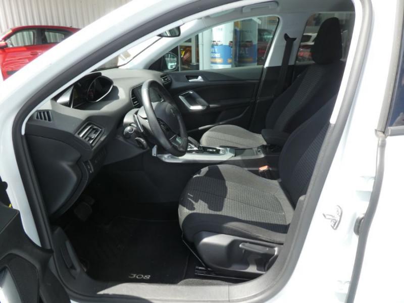 Photo 5 de l'offre de PEUGEOT 308 1.5 BlueHDi 130 EAT8 STYLE GPS Camera à 14750€ chez Mérignac auto