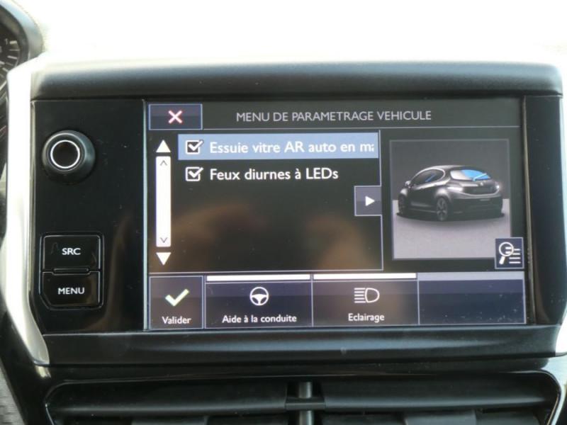 Photo 11 de l'offre de PEUGEOT 208 1.6 BlueHDi 75 STYLE GPS Pack City à 10250€ chez Mérignac auto