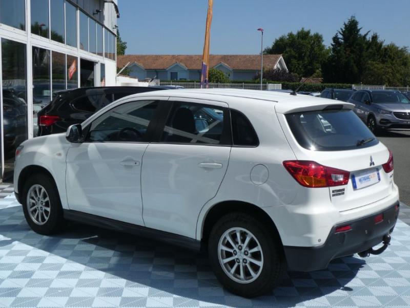 Photo 4 de l'offre de MITSUBISHI ASX 1.8 DI-D 150 BV6 2WD INVITE 1ère Main à 9490€ chez Mérignac auto