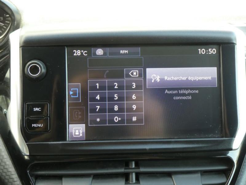 Photo 12 de l'offre de PEUGEOT 208 1.6 BlueHDi 75 STYLE GPS Pack City à 10250€ chez Mérignac auto