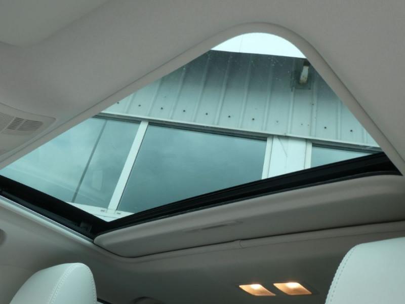 Photo 16 de l'offre de MAZDA 6 III WAGON 2.2 SKYACTIV-D 175 BVA SELECTION CUIR TOE à 25990€ chez Mérignac auto