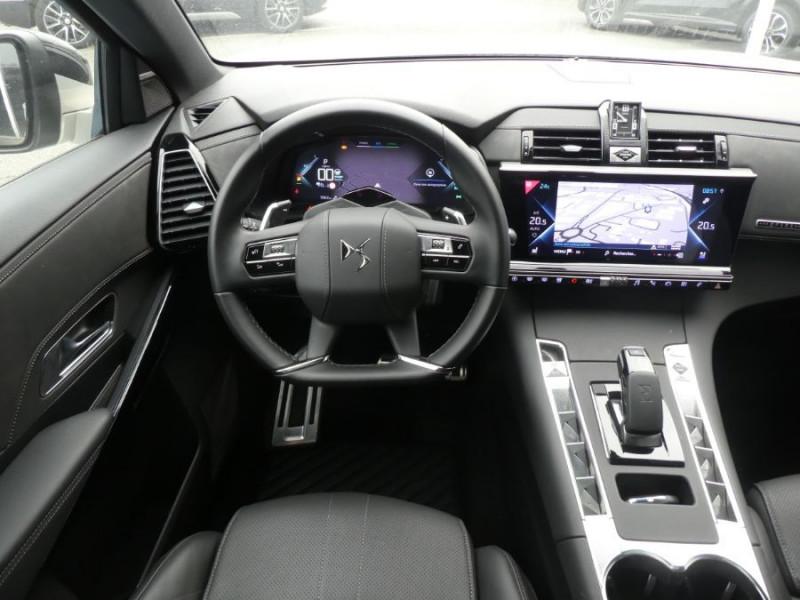 Photo 10 de l'offre de DS DS7 CROSSBACK 1.6 E-TENSE 300 BVA 4X4 GRAND CHIC CUIR Opera TOIT Pano à 48900€ chez Mérignac auto
