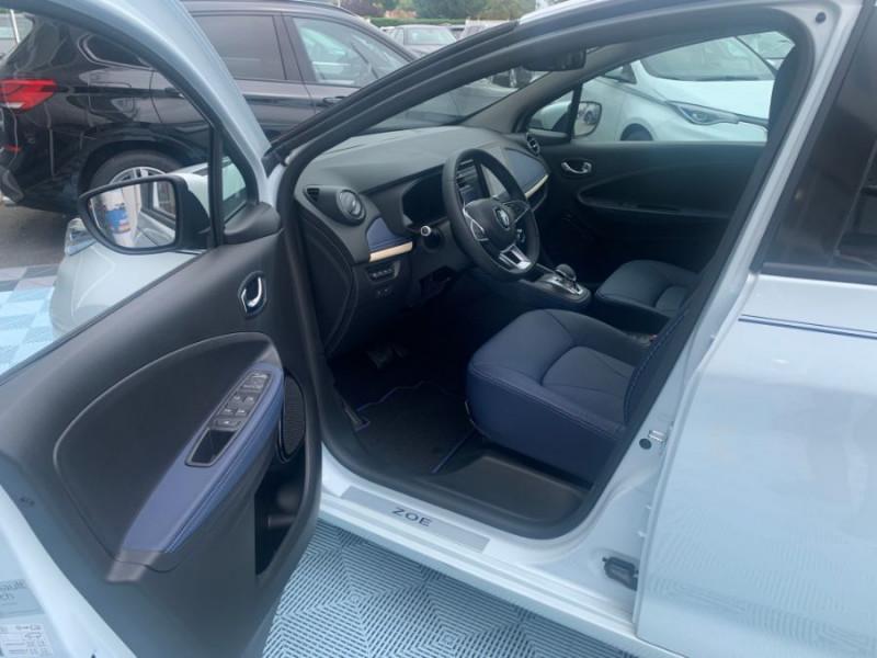 Photo 16 de l'offre de RENAULT ZOE R135 EXCEPTION CUIR GPS Achat Intégral à 22950€ chez Mérignac auto
