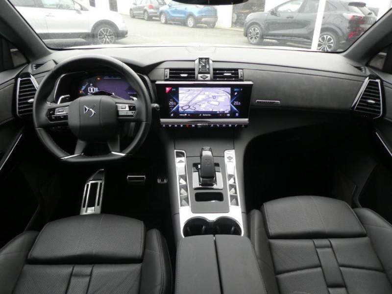 Photo 7 de l'offre de DS DS7 CROSSBACK 1.6 E-TENSE 300 BVA 4X4 GRAND CHIC CUIR Opera TOIT Pano à 47900€ chez Mérignac auto