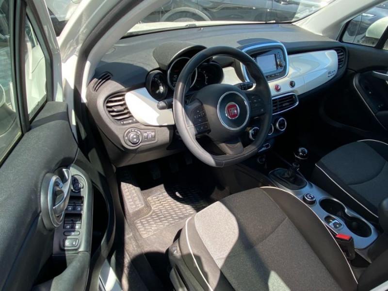 Photo 9 de l'offre de FIAT 500 X 1.6 MULTIJET 120 BV6 POPSTAR GPS 1ère Main à 15450€ chez Mérignac auto