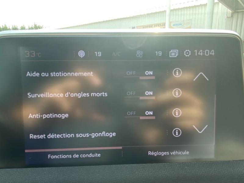 Photo 17 de l'offre de PEUGEOT 3008 1.5 BlueHDi 130 BV6 GT LINE à 23950€ chez Mérignac auto