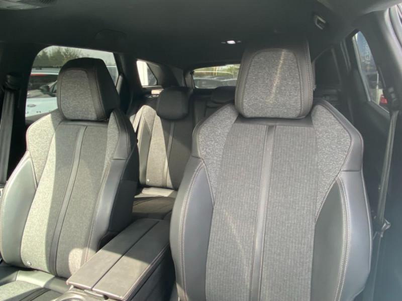 Photo 10 de l'offre de PEUGEOT 3008 1.5 BlueHDi 130 BV6 GT LINE à 23950€ chez Mérignac auto
