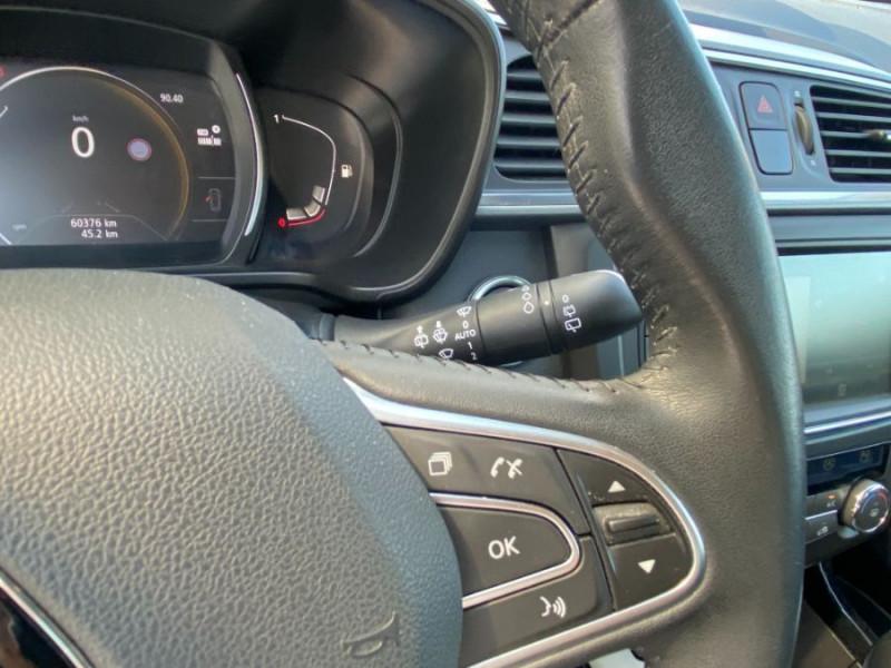 Photo 14 de l'offre de RENAULT KADJAR 1.5 DCI 110 EDC BUSINESS GPS Radars 1ère Main à 16450€ chez Mérignac auto