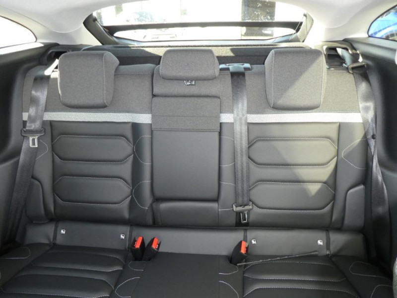Photo 15 de l'offre de CITROEN C4 BlueHDi 130 EAT8 SHINE HIGHWAY Assist Induction à 27480€ chez Mérignac auto