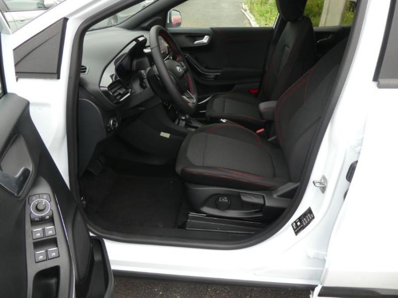 Photo 5 de l'offre de FORD PUMA 1.0 EcoBoost 125 DCT7 HYBRID MHEV ST LINE (8 Options) Gtie 07/26 à 24890€ chez Mérignac auto