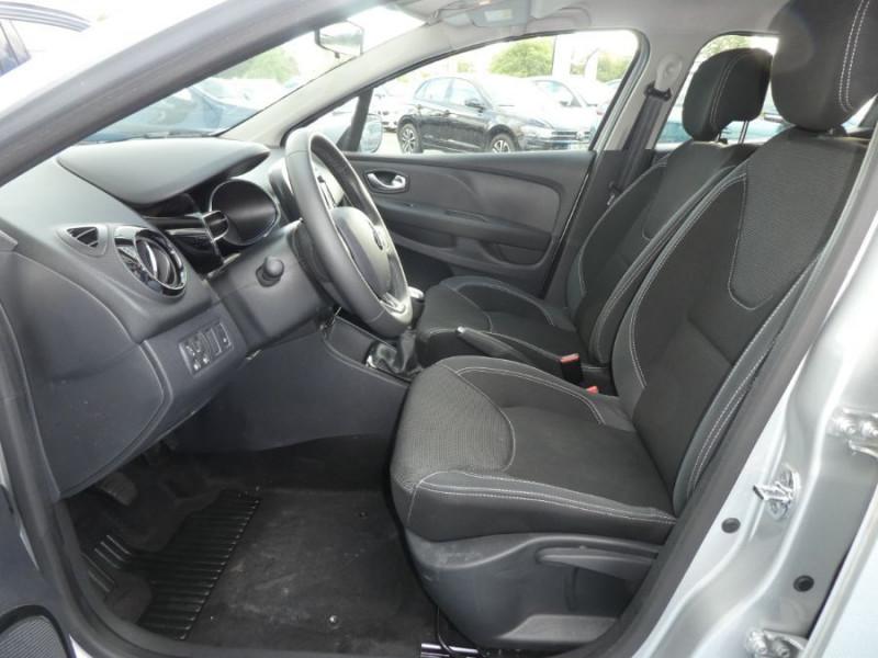 Photo 5 de l'offre de RENAULT CLIO IV 1.5 DCi 75 BUSINESS GPS à 13470€ chez Mérignac auto