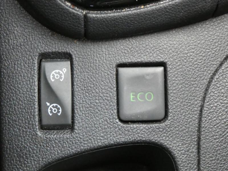 Photo 11 de l'offre de RENAULT CLIO IV 1.5 DCi 75 BUSINESS GPS à 13470€ chez Mérignac auto
