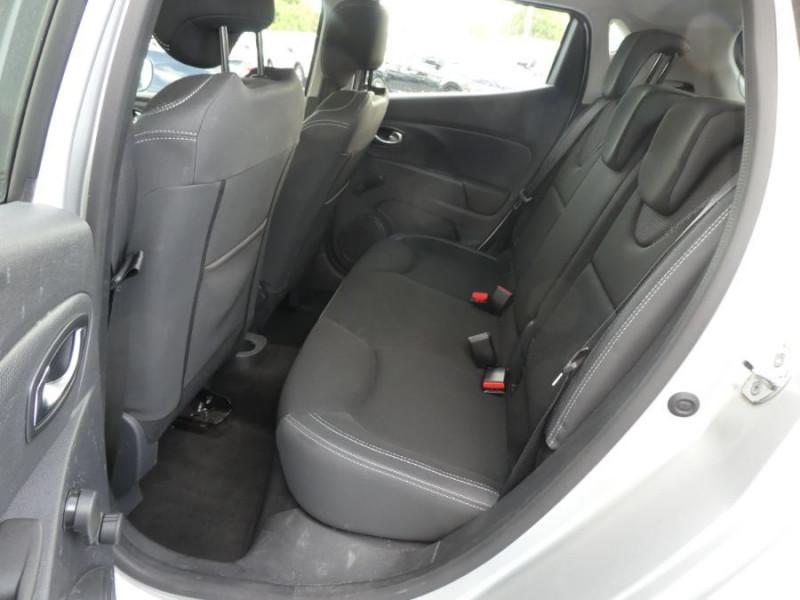 Photo 7 de l'offre de RENAULT CLIO IV 1.5 DCi 75 BUSINESS GPS à 13470€ chez Mérignac auto