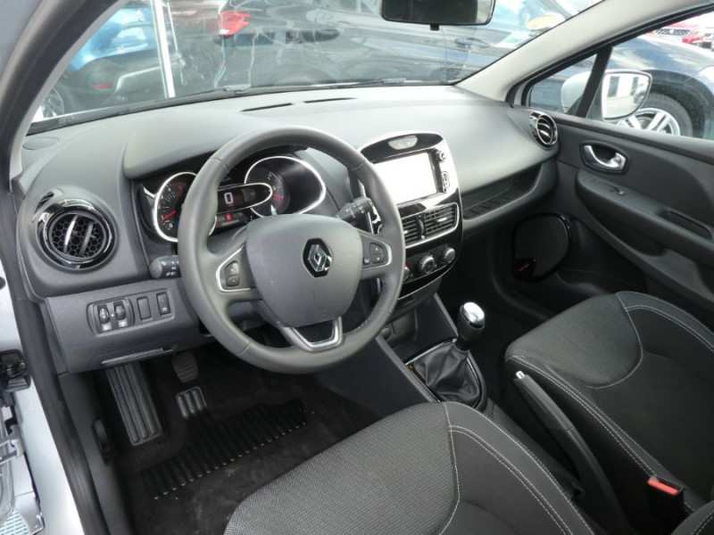 Photo 9 de l'offre de RENAULT CLIO IV 1.5 DCi 75 BUSINESS GPS à 13470€ chez Mérignac auto