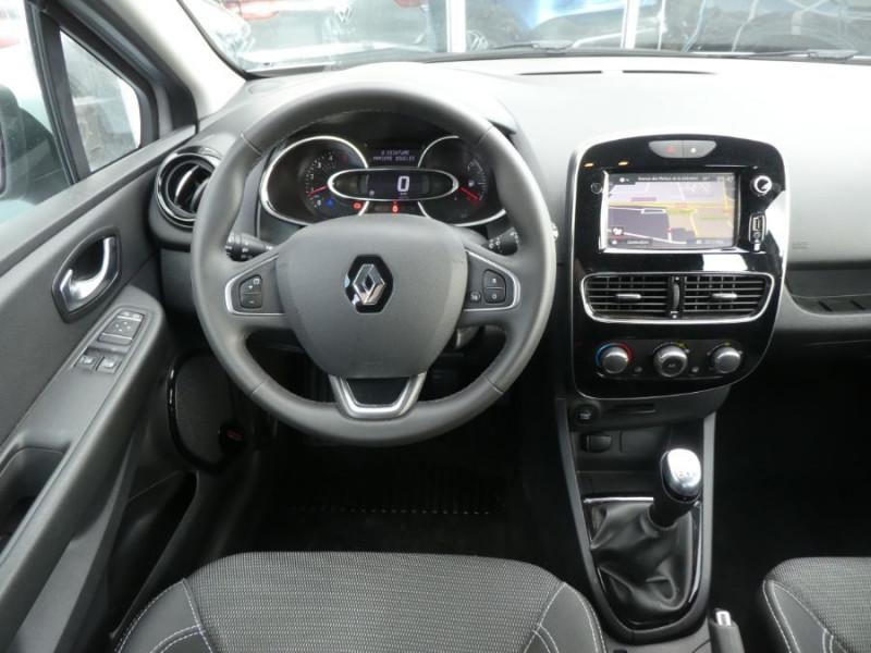 Photo 10 de l'offre de RENAULT CLIO IV 1.5 DCi 75 BUSINESS GPS à 13470€ chez Mérignac auto