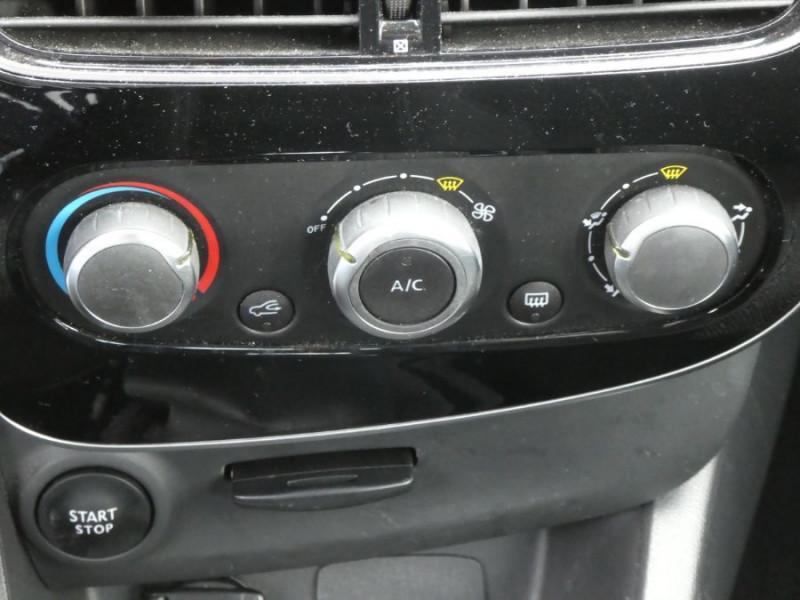 Photo 12 de l'offre de RENAULT CLIO IV 1.5 DCi 75 BUSINESS GPS à 13470€ chez Mérignac auto