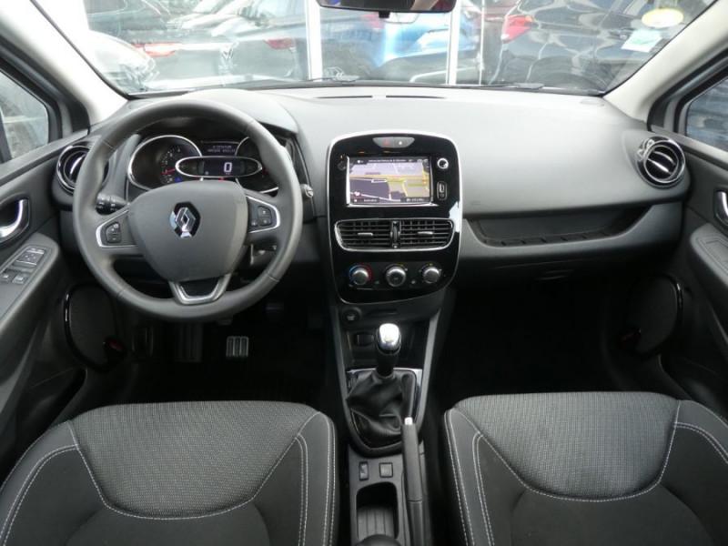 Photo 6 de l'offre de RENAULT CLIO IV 1.5 DCi 75 BUSINESS GPS à 13470€ chez Mérignac auto