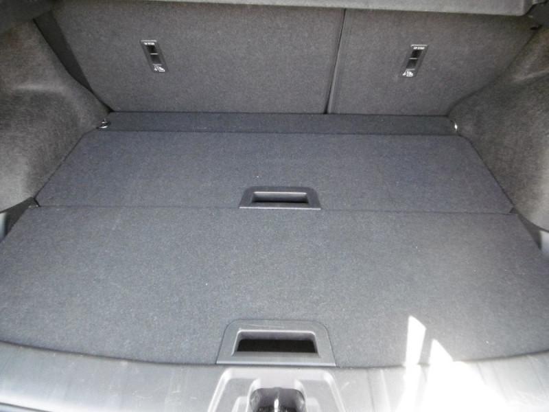 Photo 5 de l'offre de NISSAN QASHQAI II (2) 1.2 DIG-T 115 BV6 N-CONNECTA 360° Safety Shield à 19490€ chez Mérignac auto