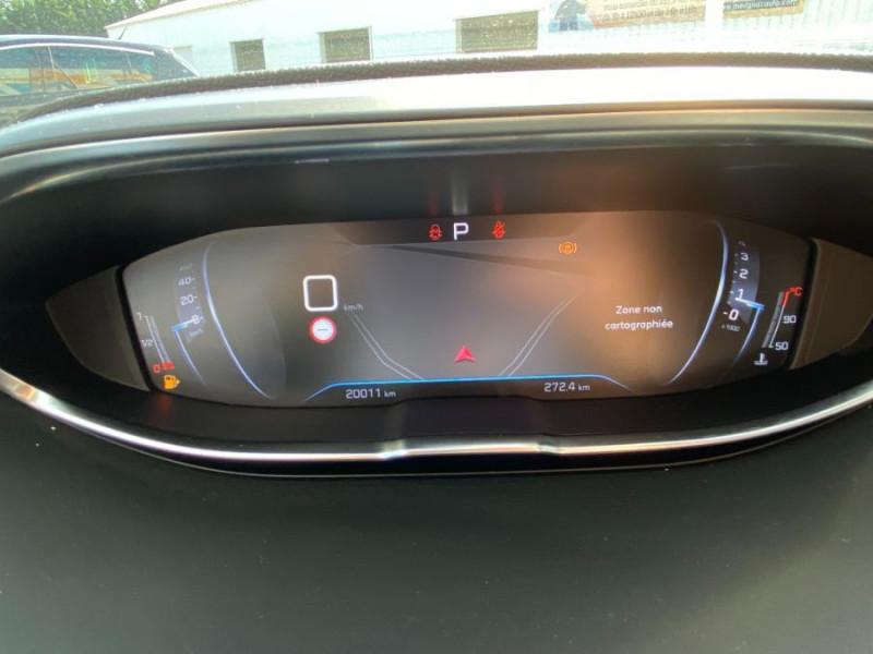 Photo 13 de l'offre de PEUGEOT 3008 1.5 BlueHDI 130 EAT8 ALLURE Camera à 29750€ chez Mérignac auto