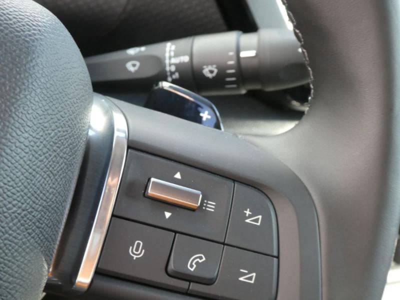 Photo 19 de l'offre de CITROEN C4 BlueHDi 130 EAT8 SHINE HIGHWAY Assist Induction TOIT Ouvrant à 27980€ chez Mérignac auto
