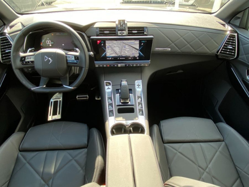 Photo 6 de l'offre de DS DS7 CROSSBACK 1.6 E-TENSE 225 BVA 2WD GRAND CHIC RIVOLI TOE LED JA20 à 45950€ chez Mérignac auto