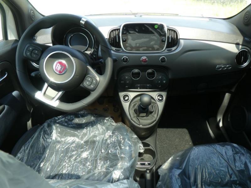 Photo 6 de l'offre de FIAT 500 1.0 70 BSG Hybrid BV6 ROCKSTAR GPS TFT TOIT Pano JA16 à 15450€ chez Mérignac auto