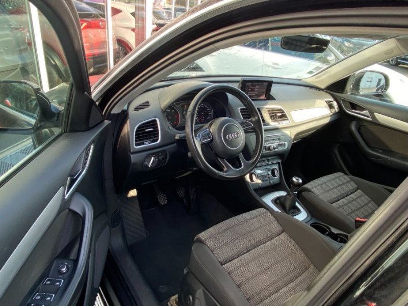 Photo 9 de l'offre de AUDI Q3 2.0 TDI 150 BV6 SPORT LINE GPS JA18 Hayon Elect. 1ère Main à 22950€ chez Mérignac auto