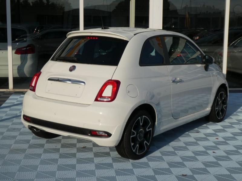 Photo 11 de l'offre de FIAT 500 1.0 70 BSG Hybrid BV6 ROCKSTAR GPS TFT TOIT Pano JA16 à 15450€ chez Mérignac auto