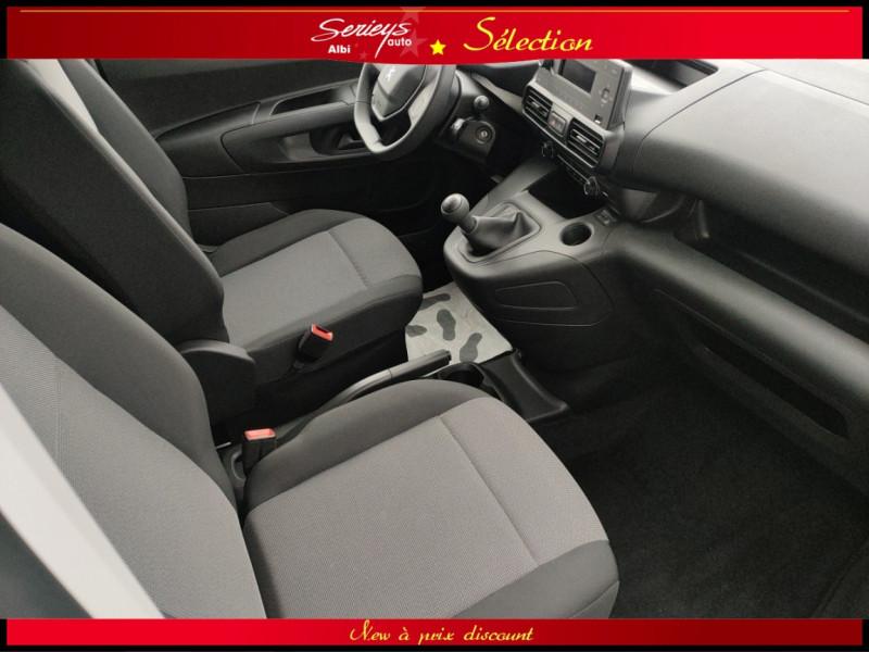 Photo 14 de l'offre de PEUGEOT PARTNER FGN PRO BLUEHDI 100 CLIM+2P 1000KG à 16980€ chez Garage Serieys Auto