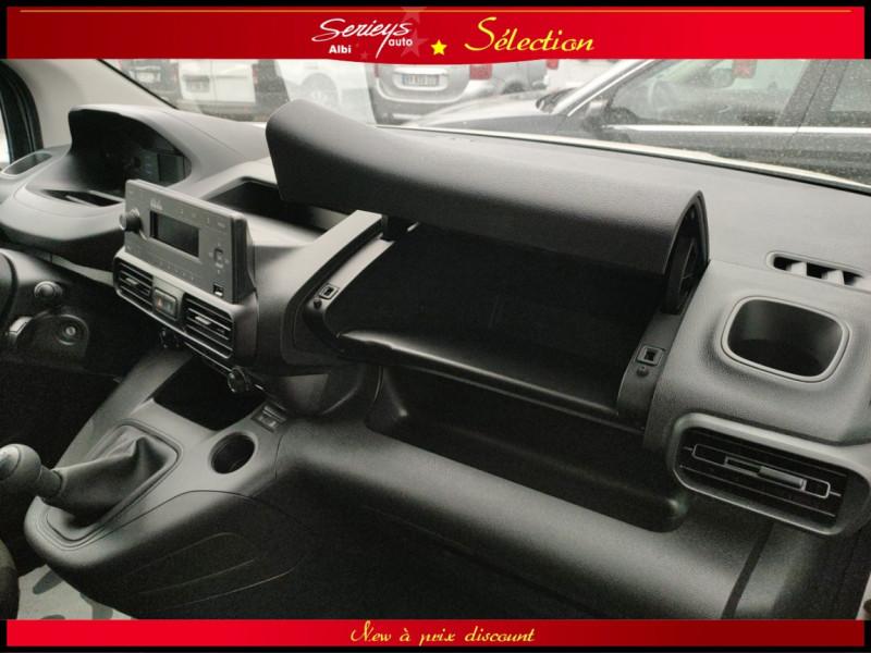 Photo 13 de l'offre de PEUGEOT PARTNER FGN PRO BLUEHDI 100 CLIM+2P 1000KG à 16980€ chez Garage Serieys Auto
