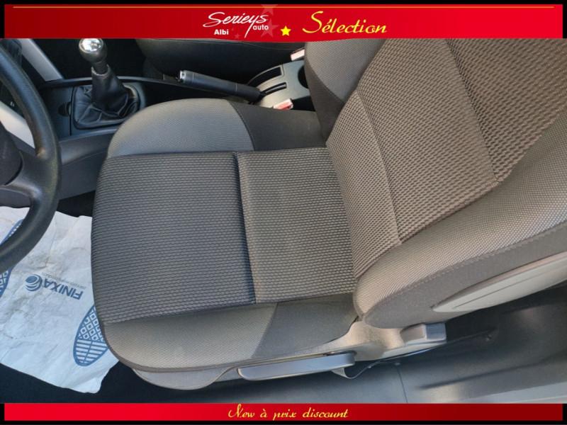 Photo 14 de l'offre de PEUGEOT 207 BLUE LION 1.6 HDi 92 98g DISTRI OK à 4880€ chez Garage Serieys Auto