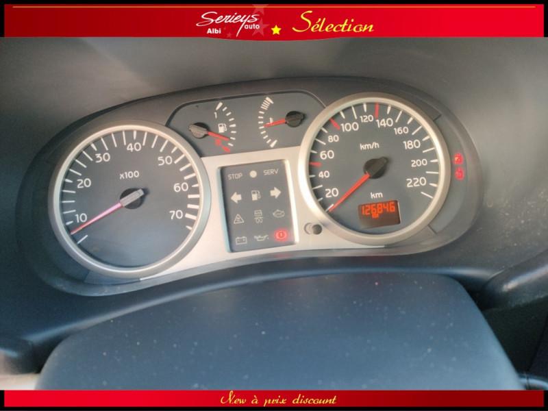 Photo 16 de l'offre de RENAULT CLIO Billabong 1.2i 16V 3Pte Distri + CTOK à 2800€ chez Garage Serieys Auto