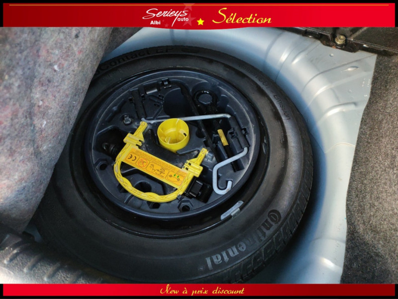 Photo 10 de l'offre de RENAULT CLIO Billabong 1.2i 16V 3Pte Distri + CTOK à 2800€ chez Garage Serieys Auto