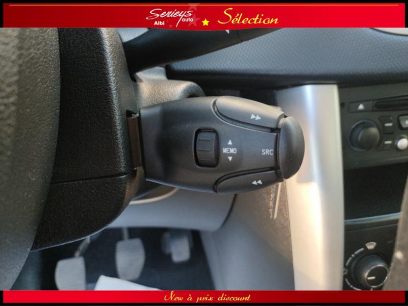 Photo 18 de l'offre de PEUGEOT 207 BLUE LION 1.6 HDi 92 98g DISTRI OK à 4880€ chez Garage Serieys Auto