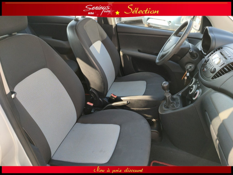 Photo 21 de l'offre de HYUNDAI i10 Pack 1.1 CRDi 75 - A SAISIR à 3980€ chez Garage Serieys Auto