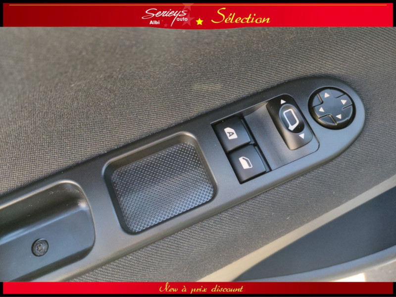 Photo 9 de l'offre de PEUGEOT 207 BLUE LION 1.6 HDi 92 98g DISTRI OK à 4880€ chez Garage Serieys Auto