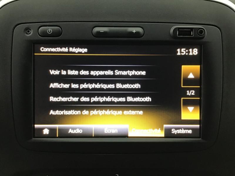 Photo 5 de l'offre de RENAULT TRAFIC FGN GRAND CONFORT DCI 145 L2H1 Attelage+GPS+GRIP à 28580€ chez Garage Serieys Auto